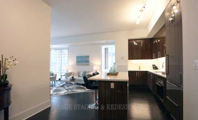 After-HOME STAGING-VACANT HOUSE-LUXURY-TORONTO-GTA-LIVING ROOM KITCHEN