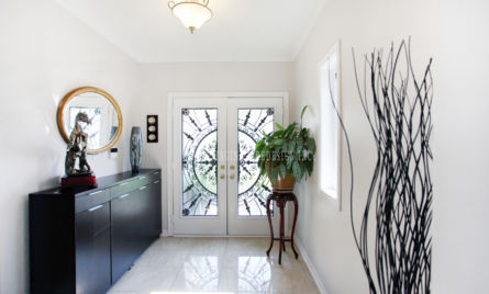 FOYER  ENTRANCE  HOME STAGING STAGED BY SAGE STAGING & REDESIGN INC. TORONTO GTA