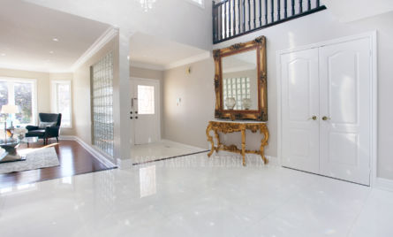 HALLWAY STAIRCASE HOME STAGING TORONTO GTA