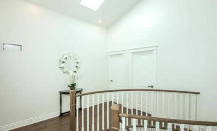 HOME STAGING-VACANT HOUSE-LUXURY-TORONTO-GTA-HALLWAY