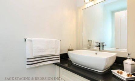 HOME STAGING-VACANT HOUSE-LUXURY-TORONTO-GTA-POWDER ROOM