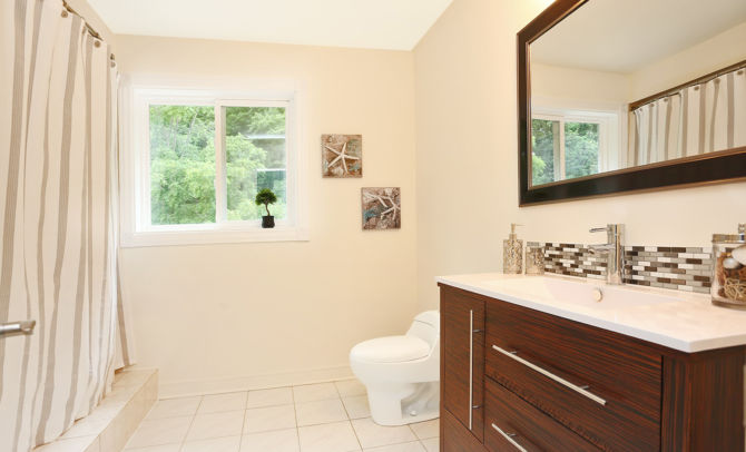 after home staging bathroom
