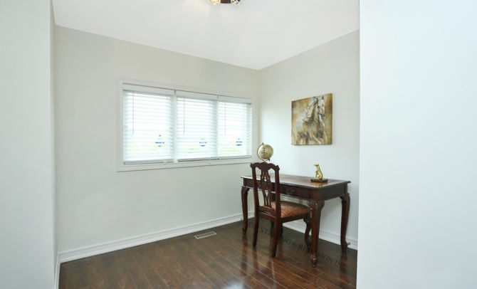 After home staging-home office