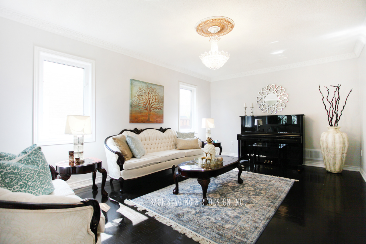 Before and after staging-Professional home staging redesign in the GTA
