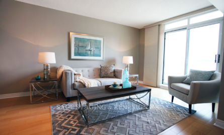 TORONTO-LIVING ROOM STAGING